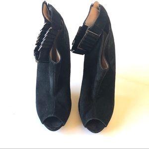Beautiful Herve Leger open toe boots w/ metal heel